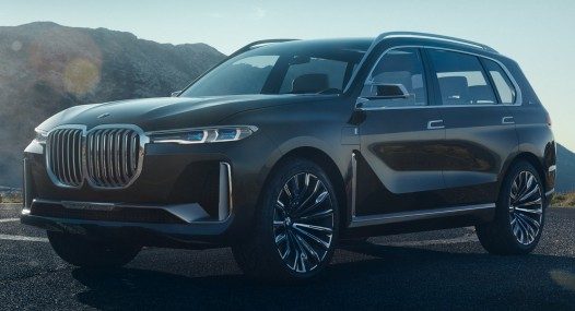 BMW X7 Car Leader